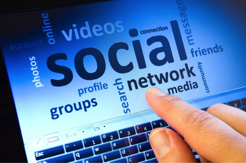 5 Reasons You Should Hire an Agency For Your Social Media
