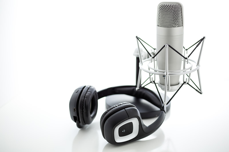 How to Create a Podcast Marketing Strategy That Speaks to Your Audience