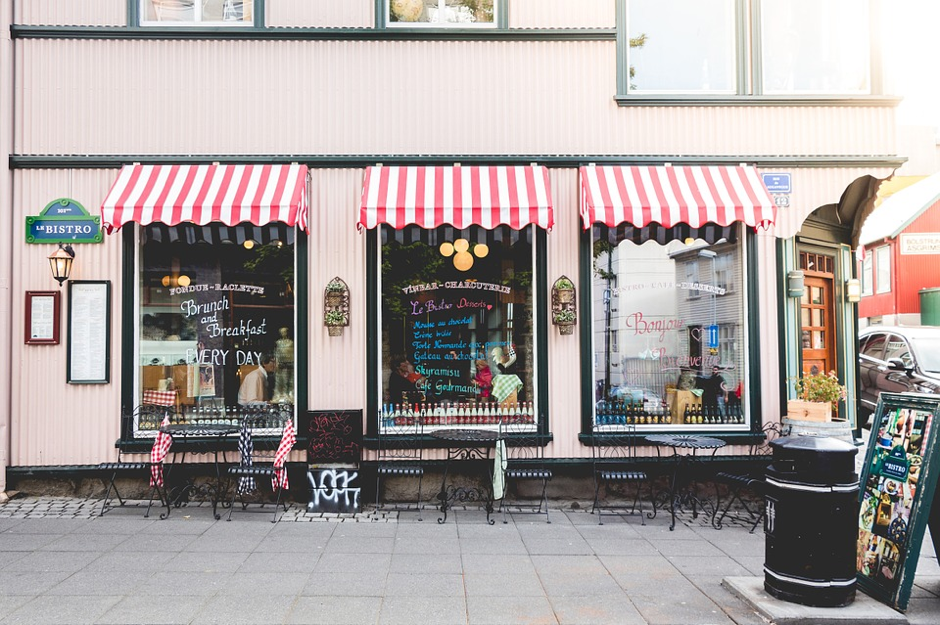 On The Shop Front Lines: How Brick And Mortar Stores Can Fight Back Against Ecommerce