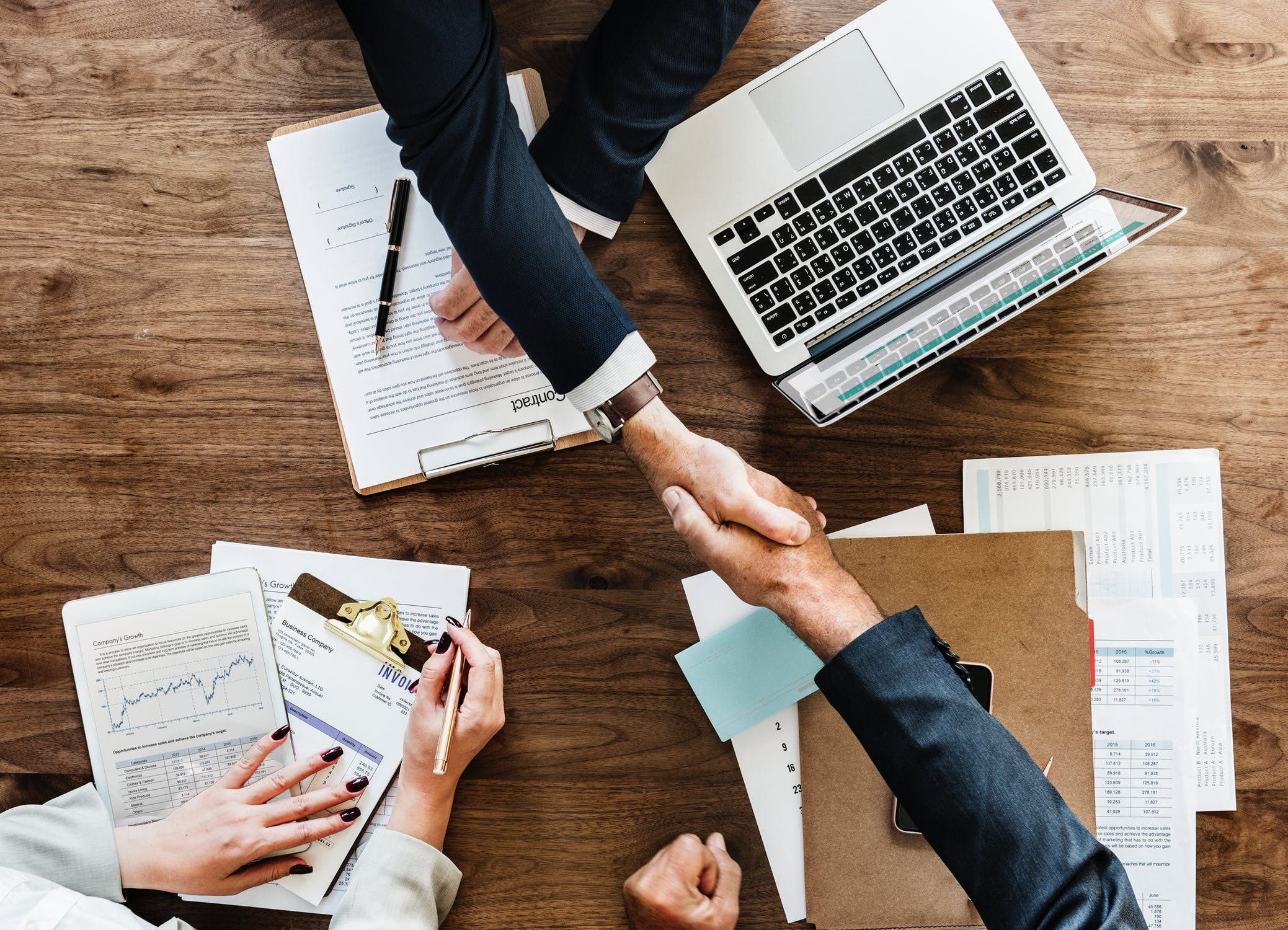 Working with Another Company? Top Tips for B2B Negotiations
