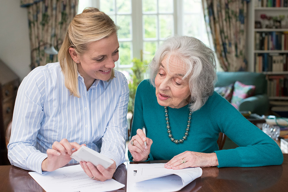 Making a Financial Plan to Take Care of Your Aging Parent