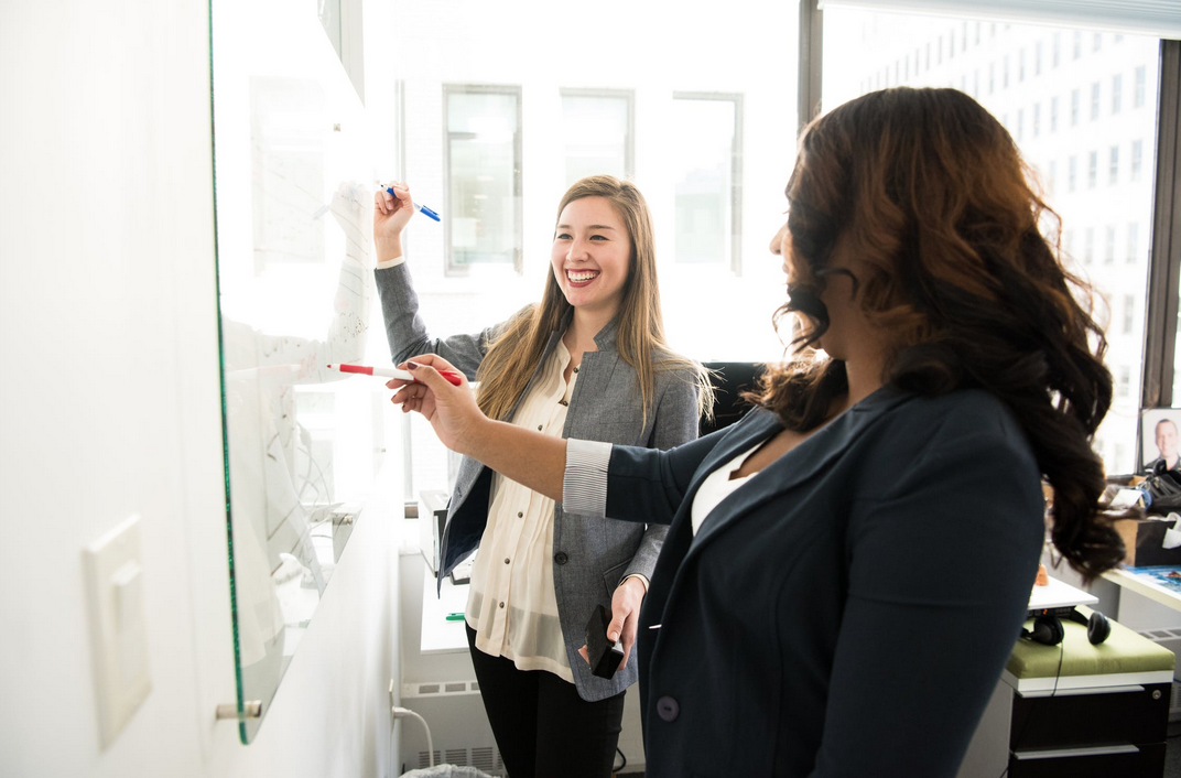 4 Tips for Building Strong Work Relationships