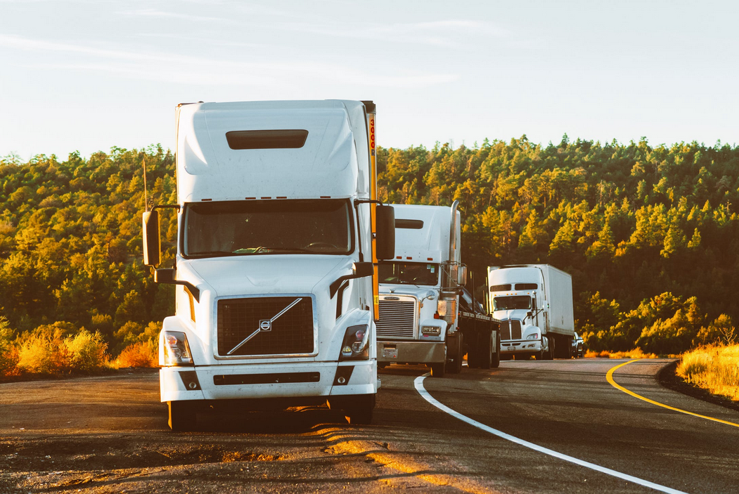 Transporting Products? 4 Ways to Ensure Your Trucks Are in Good Shape