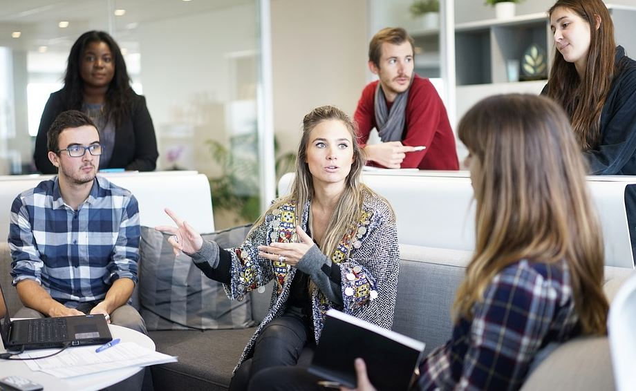 4 Ways Managers Can Increase Team Morale
