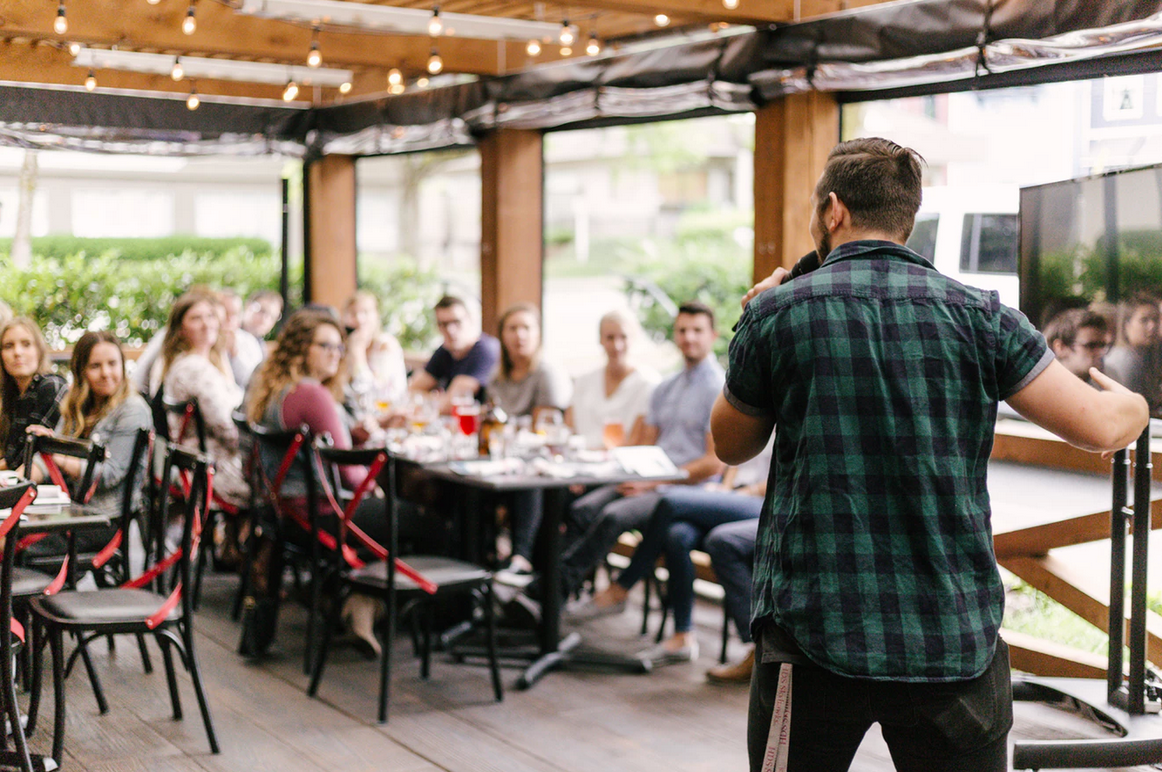 4 Ways Small Businesses Can Connect with Their Communities