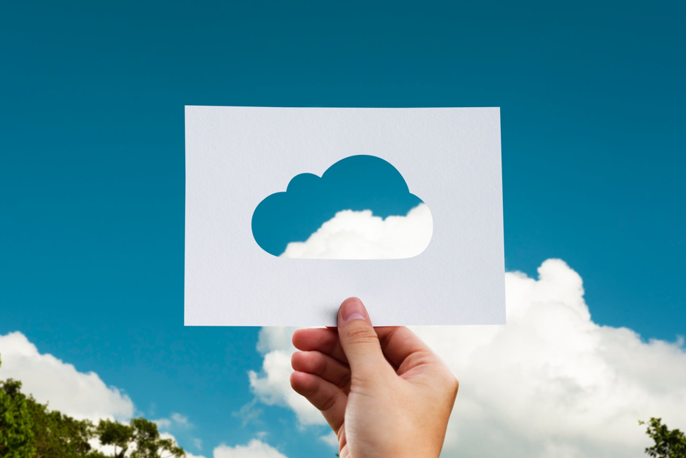 4 Reasons Your Business Needs To Invest In Cloud Computing