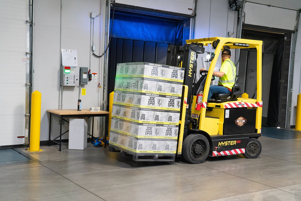 Why Should Investors Pay Attention To Forklift Service?