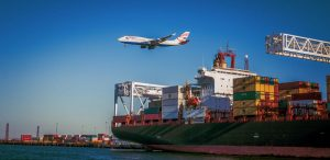 5 Reasons Your Business Should Offer International Shipping