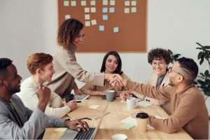 How to Stay in Constant Communication with Your Business Contacts