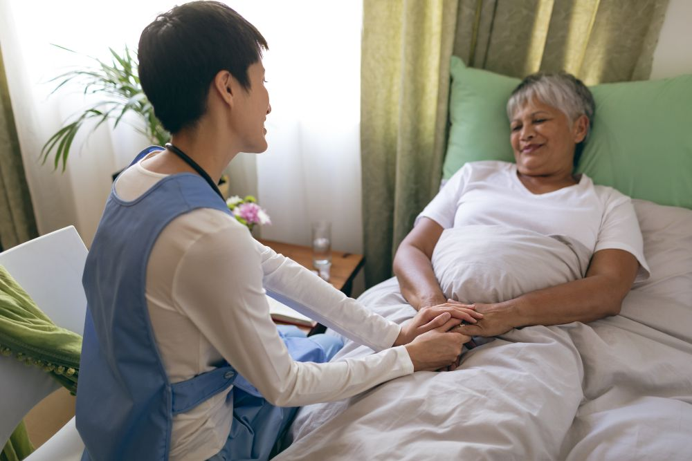 From Hospital Employee to Home Caregiver: The Biggest Changes You Can Expect in Your Work