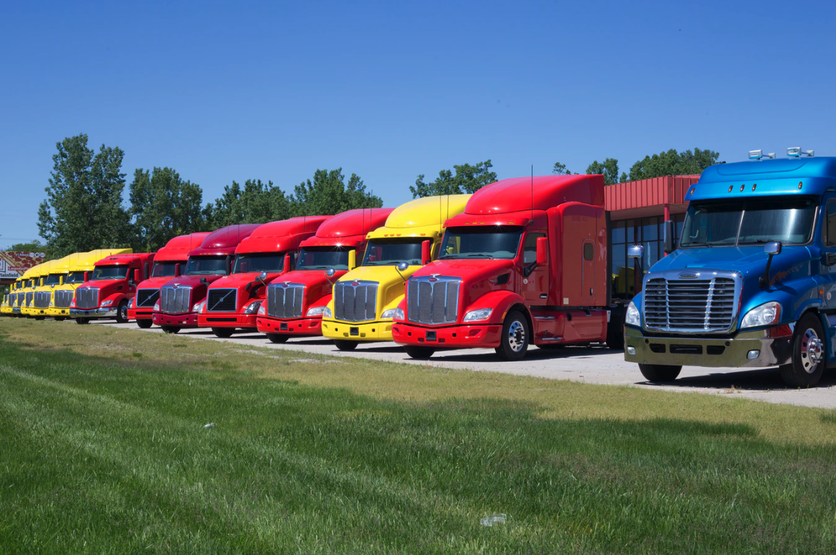 Your Guide to Repairing and Maintaining Your Trucking Business' Fleet