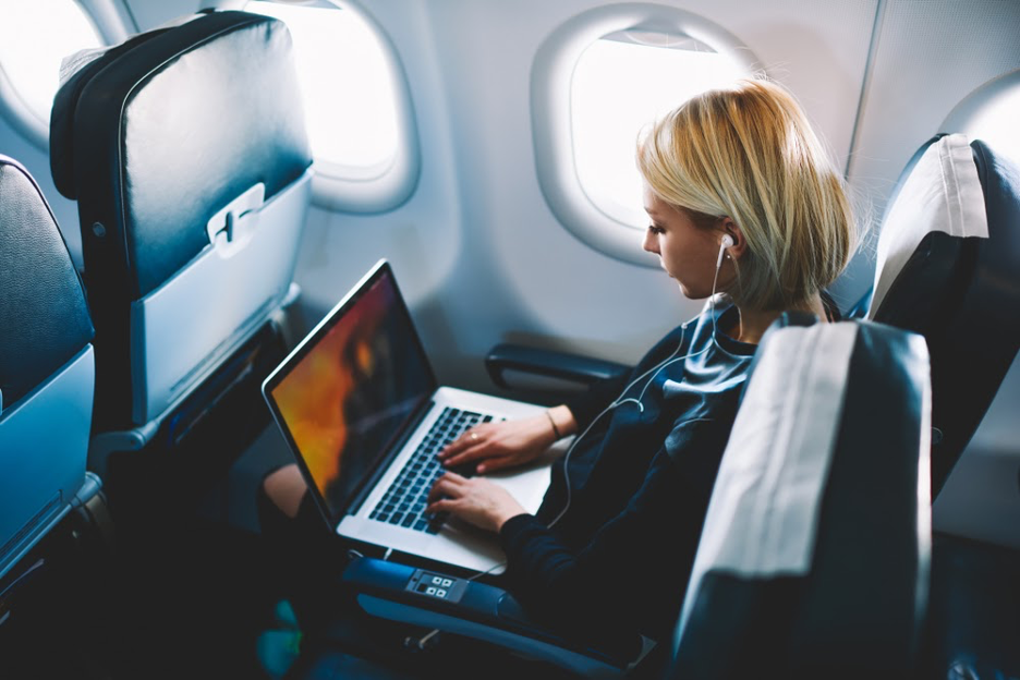 7 Tech Tools and Devices to Make Business Travel Easier