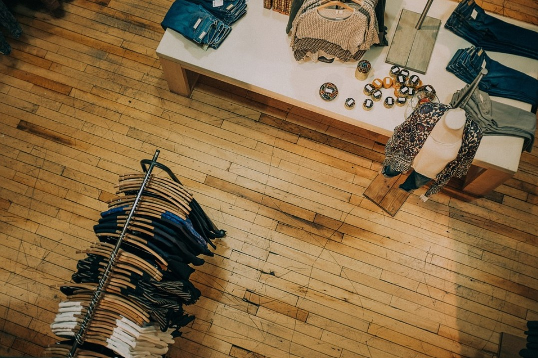 4 Tips for Small Stores Looking to Add a Sound System in Their Shop