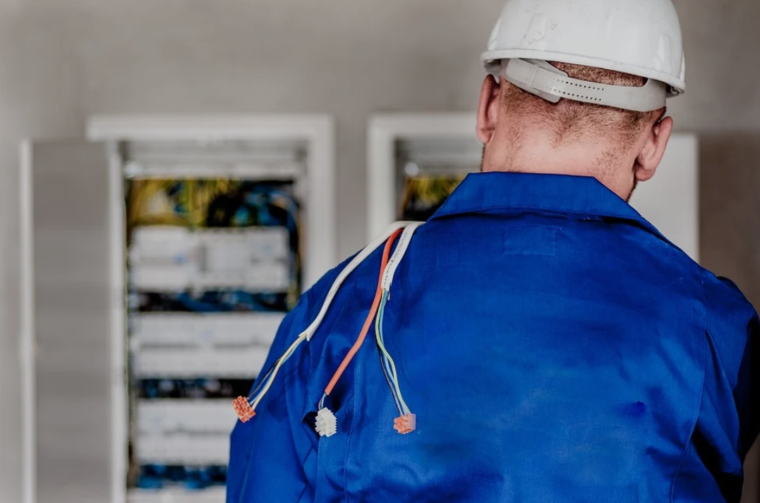 Why Commercial Electrical Maintenance Is Important for Your Business