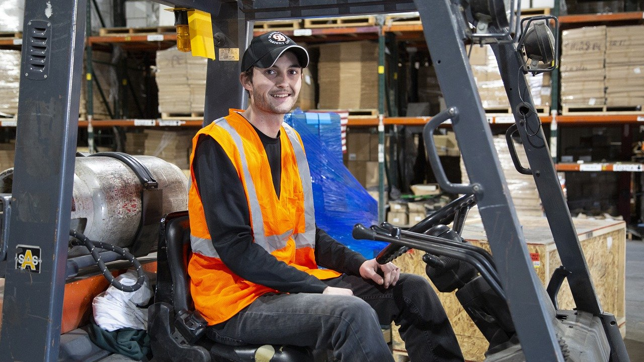 How To Keep Your Warehouse Employees Happy