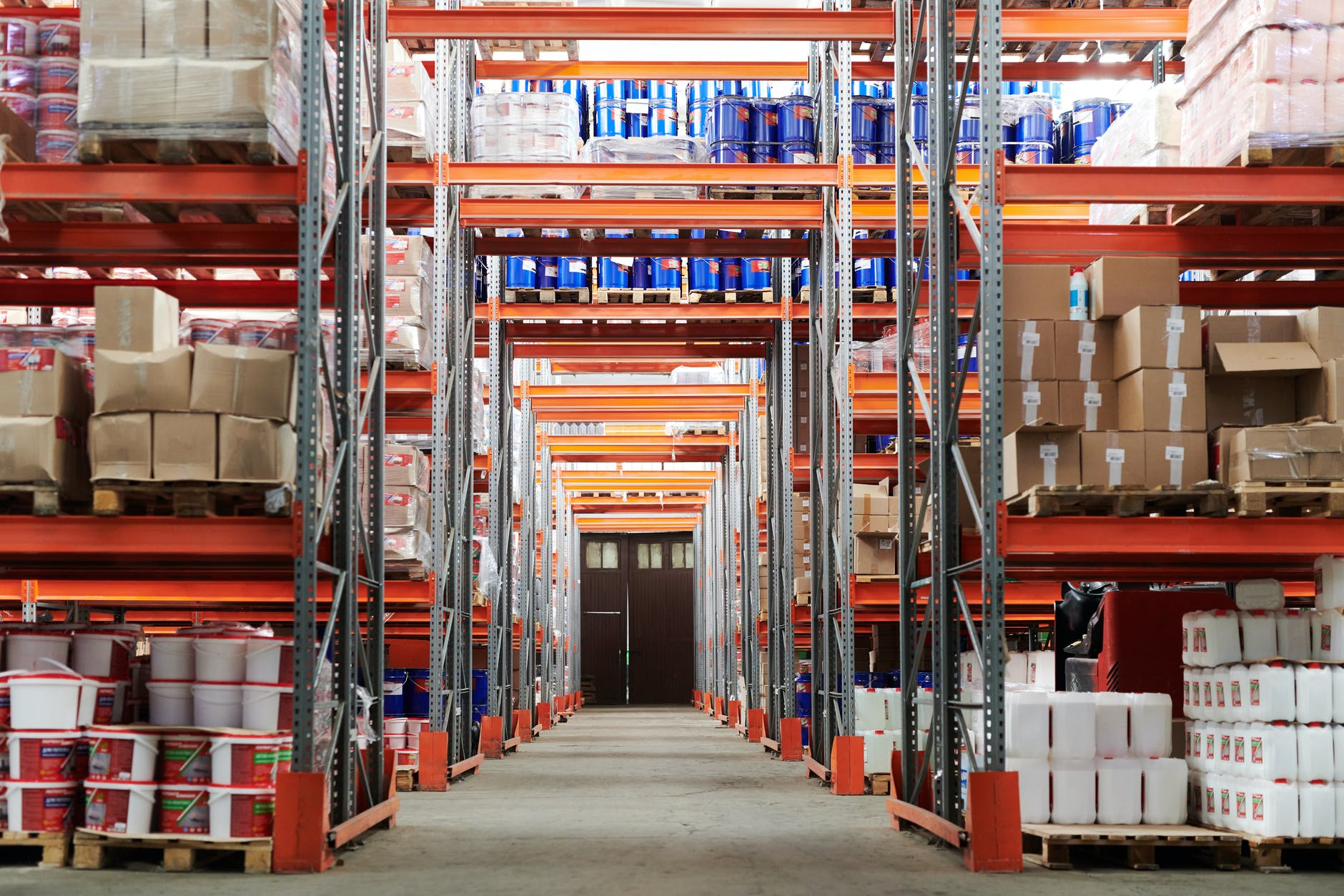 Tips for Taking Inventory in Your Warehouse Quickly and Accurately